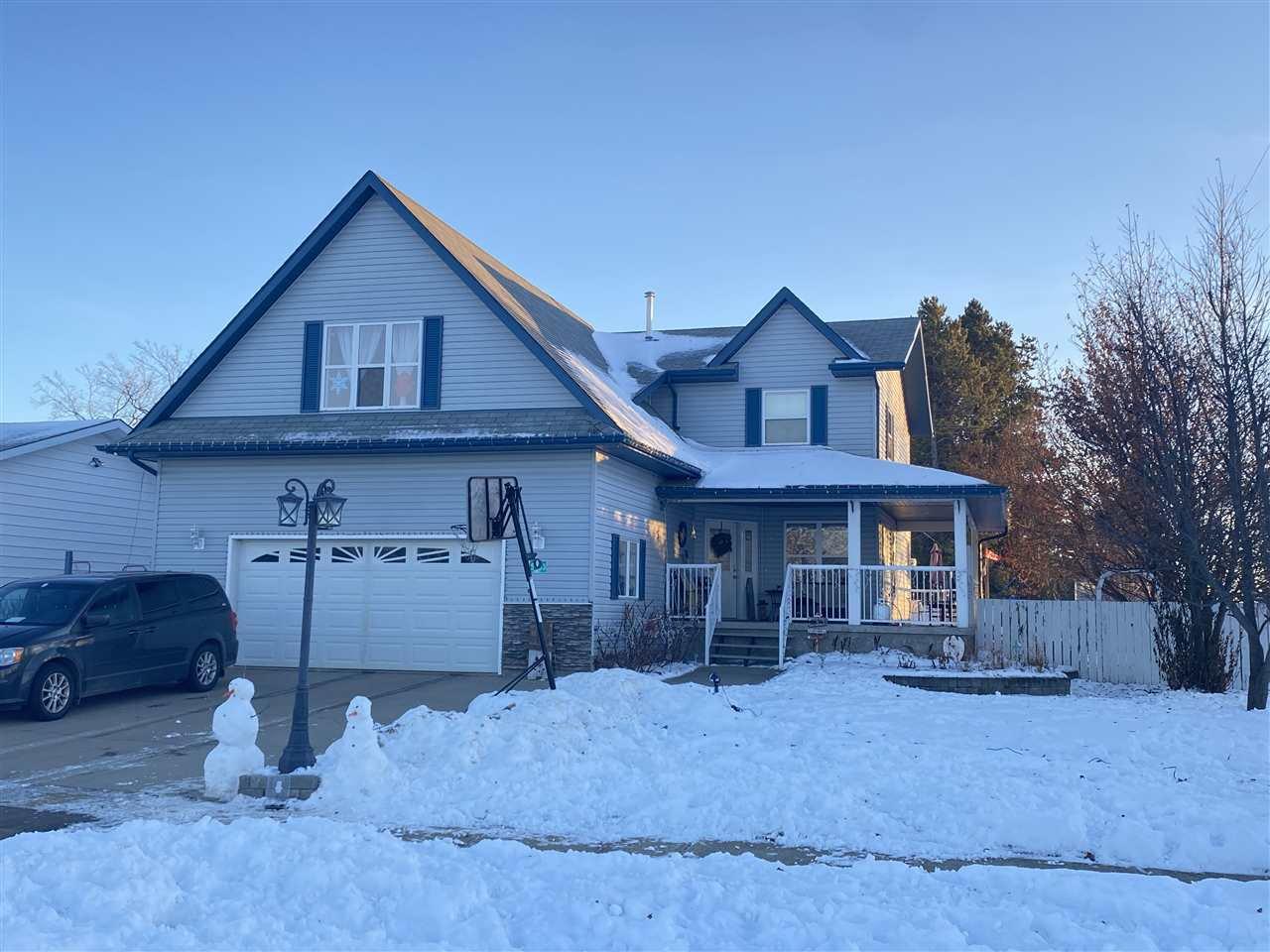 Main Photo: 5203 51 Avenue: Pickardville House for sale : MLS®# E4222188