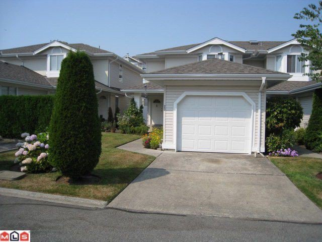 "Main Photo: 23 6489 121A Street in Surrey: West Newton Townhouse for sale in ""Sunwood Gardens"" : MLS®# F1020794"