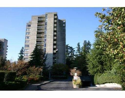 """Main Photo: 6689 WILLINGDON Ave in Burnaby: Metrotown Condo for sale in """"THE KENSINGTON HOUSE"""" (Burnaby South)  : MLS®# V617600"""
