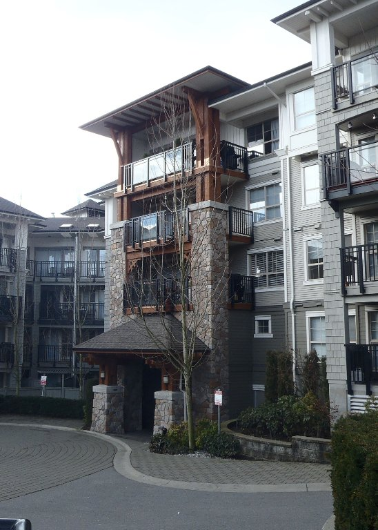 Photo 1: Photos: 308 2958 SILVER SPRINGS Boulevard in Coquitlam: Westwood Plateau Condo for sale : MLS®# V868983