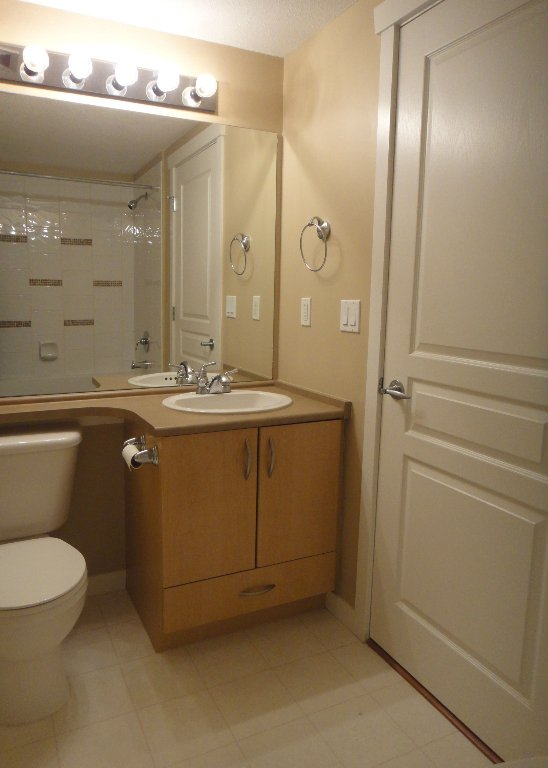 Photo 7: Photos: 308 2958 SILVER SPRINGS Boulevard in Coquitlam: Westwood Plateau Condo for sale : MLS®# V868983