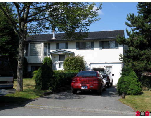 Main Photo: 9493 132A Street in Surrey: Queen Mary Park Surrey House for sale : MLS®# F2820710