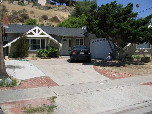 Main Photo: LEMON GROVE House for sale : 3 bedrooms : 1482 El Prado