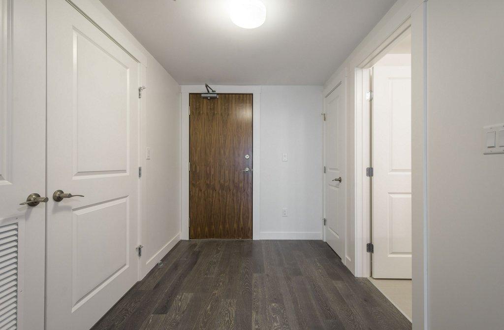 Main Photo: 1604 9720 106 Street NW in Edmonton: Zone 12 Condo for sale : MLS®# E4170003