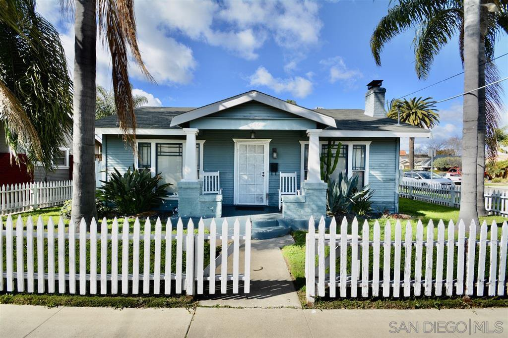 Main Photo: UNIVERSITY HEIGHTS House for sale : 2 bedrooms : 2746 Madison Ave in San Diego