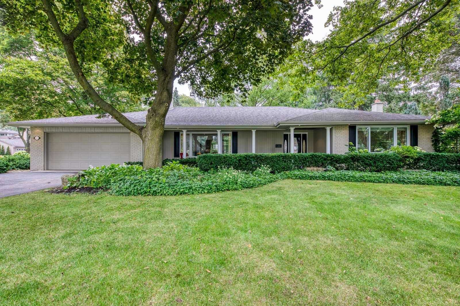 Main Photo: 185 Dornie Road in Oakville: Eastlake House (Bungalow) for sale : MLS®# W4905401
