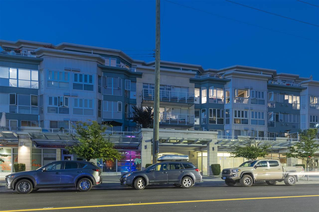 Main Photo: 407 122 E 3RD Street in North Vancouver: Lower Lonsdale Condo for sale : MLS®# R2498536