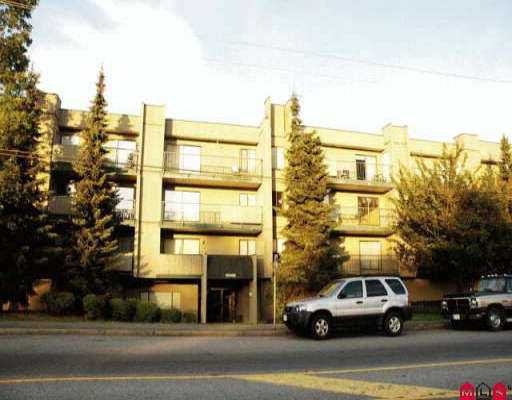 "Main Photo: 214 10468 148TH ST in Surrey: Guildford Condo for sale in ""GUILDFORD GREEN"" (North Surrey)  : MLS®# F2613113"