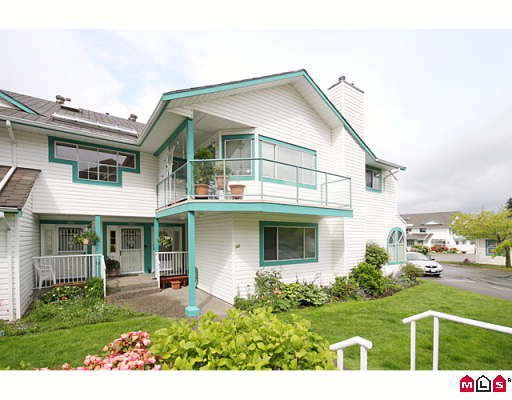 """Main Photo: 304 21937 48TH Avenue in Langley: Murrayville Condo for sale in """"ORANGEWOOD"""" : MLS®# F2910537"""