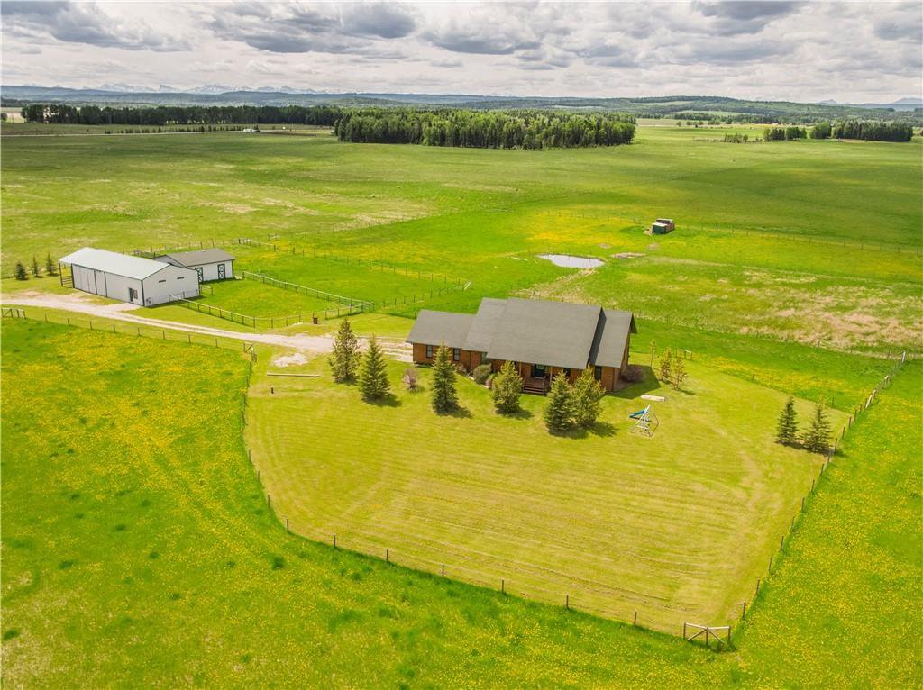 Main Photo: 33026 RANGE ROAD 62: Rural Mountain View County Detached for sale : MLS®# C4302116