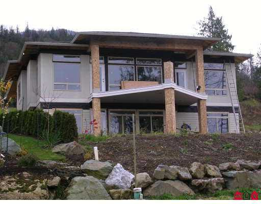 """Main Photo: 203 51075 FALLS CT in Chilliwack: Eastern Hillsides House for sale in """"EMERALD RIDGE"""" : MLS®# H2600035"""