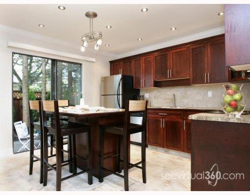 "Main Photo: 223 BALMORAL Place in Port_Moody: North Shore Pt Moody Townhouse for sale in ""BALMORAL PLACE"" (Port Moody)  : MLS®# V775148"