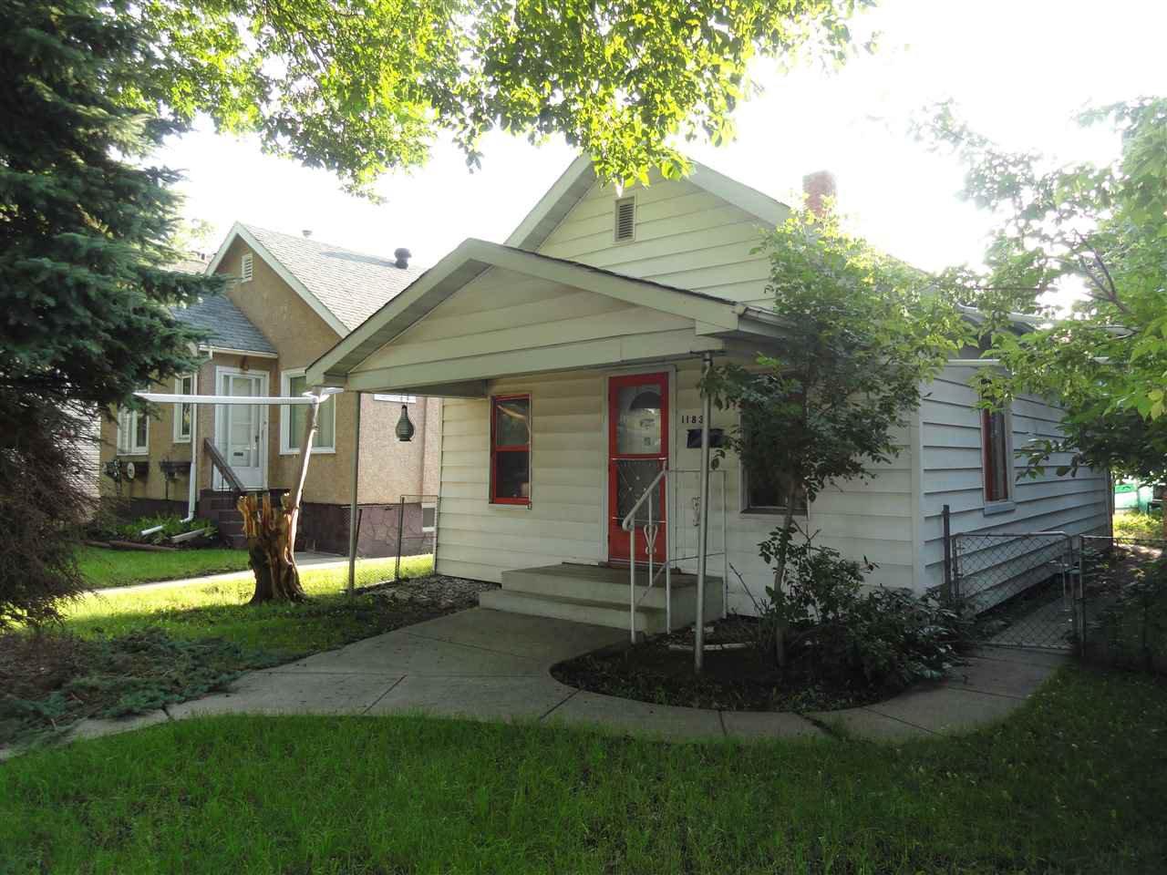 Main Photo: 11839 95 Street in Edmonton: Zone 05 House for sale : MLS®# E4181568