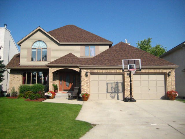 Main Photo:  in WINNIPEG: Windsor Park / Southdale / Island Lakes Residential for sale (South East Winnipeg)  : MLS®# 1015928