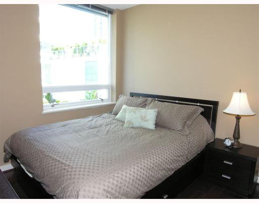 """Photo 2: Photos: 506 633 KINGHORNE MEWS BB in Vancouver: False Creek North Condo for sale in """"ICON-II"""" (Vancouver West)  : MLS®# V721664"""