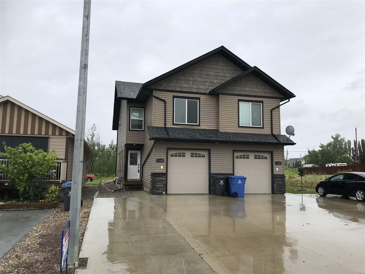 Main Photo: 11305 102 Street in Fort St. John: Fort St. John - City NW House 1/2 Duplex for sale (Fort St. John (Zone 60))  : MLS®# R2392240