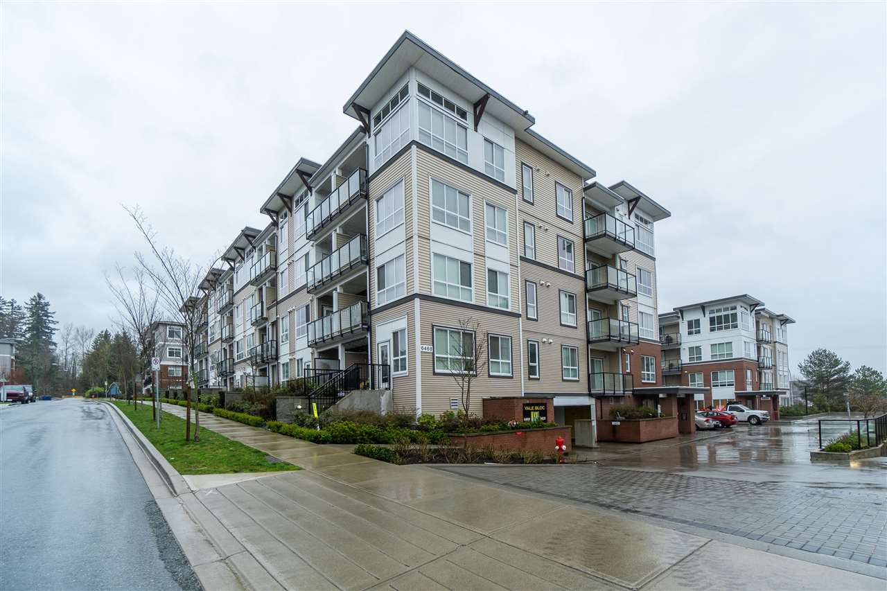 "Main Photo: 307 6438 195A Street in Surrey: Clayton Condo for sale in ""YALE BLOC 2"" (Cloverdale)  : MLS®# R2439195"