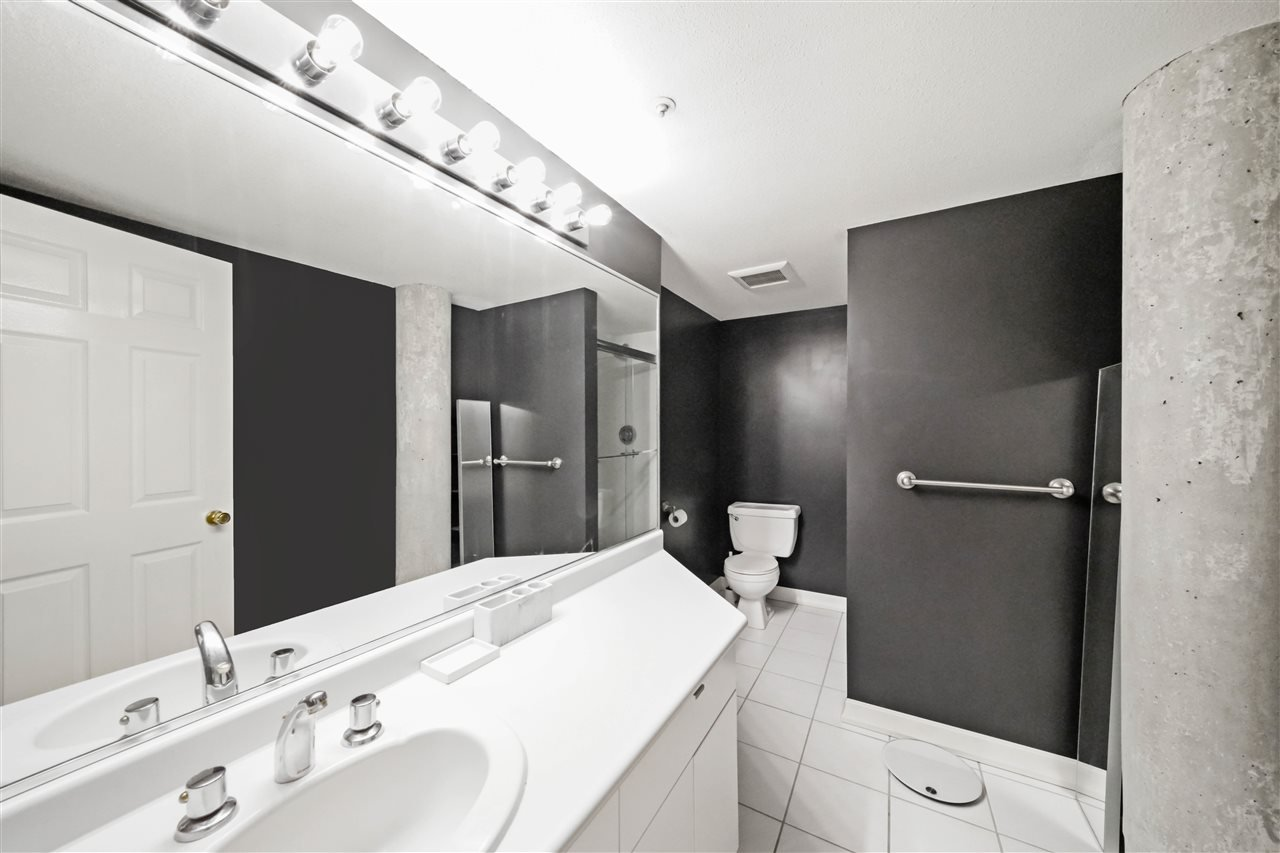 """Photo 9: Photos: 201 2525 QUEBEC Street in Vancouver: Mount Pleasant VE Condo for sale in """"CORNERSTONE"""" (Vancouver East)  : MLS®# R2477033"""