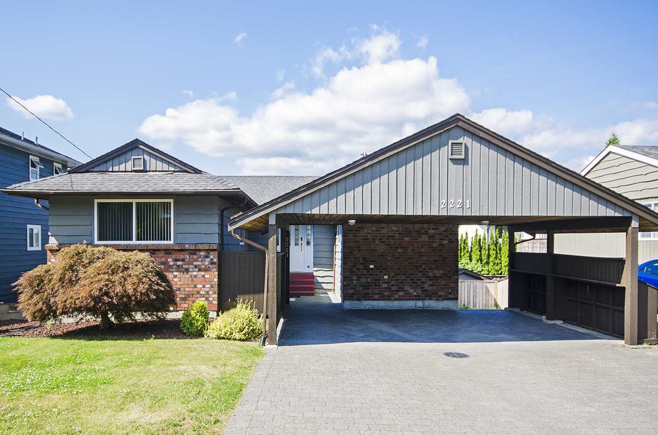 Main Photo: 2221 BROOKMOUNT Drive in Port Moody: Port Moody Centre House for sale : MLS®# R2483008