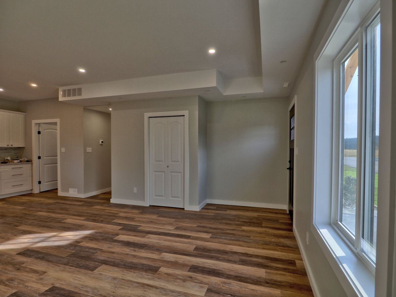 Photo 15: Photos: 11 110 FOREST RIDGE Road in 100 Mile House: 100 Mile House - Town House for sale (100 Mile House (Zone 10))  : MLS®# R2510445