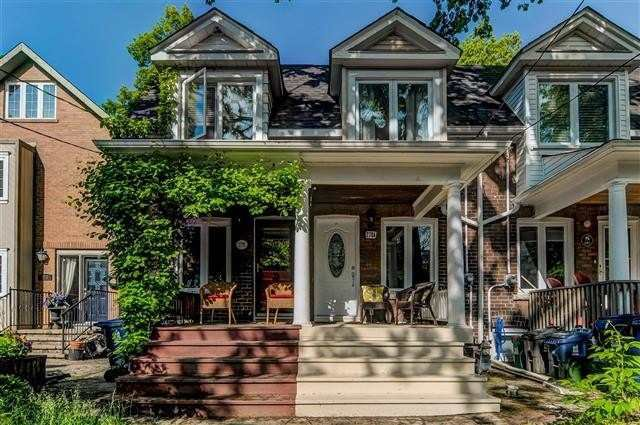 Main Photo: 278A Lee Avenue in Toronto: The Beaches House (2-Storey) for lease (Toronto E02)  : MLS®# E4980536