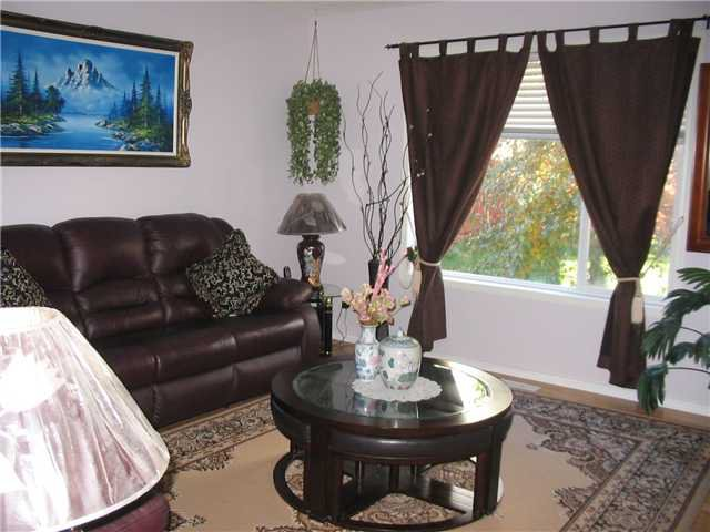 Photo 5: Photos: 434 BRIDLECREEK Green SW in CALGARY: Bridlewood Residential Detached Single Family for sale (Calgary)  : MLS®# C3543385