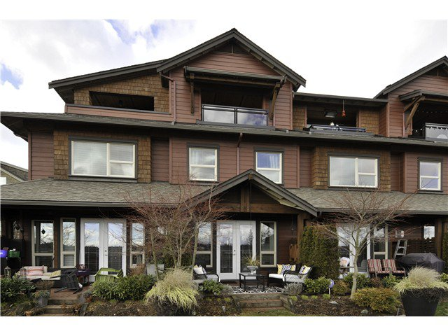 """Main Photo: 121 240 SALTER Street in New Westminster: Queensborough Townhouse for sale in """"REGATTA"""" : MLS®# V1048402"""