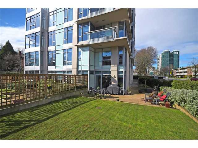 """Photo 2: Photos: 104 1088 W 14TH Avenue in Vancouver: Fairview VW Townhouse for sale in """"COCO"""" (Vancouver West)  : MLS®# V1054113"""