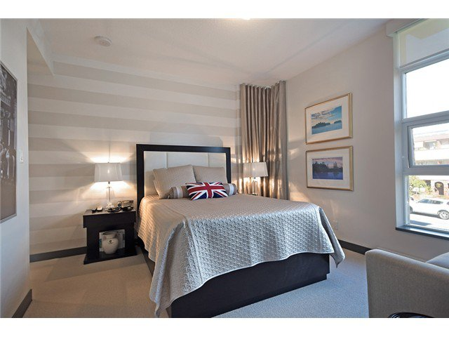"""Photo 8: Photos: 104 1088 W 14TH Avenue in Vancouver: Fairview VW Townhouse for sale in """"COCO"""" (Vancouver West)  : MLS®# V1054113"""