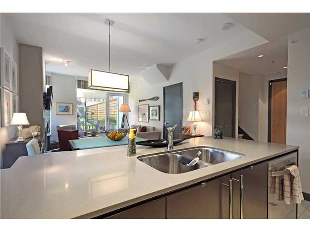 """Photo 5: Photos: 104 1088 W 14TH Avenue in Vancouver: Fairview VW Townhouse for sale in """"COCO"""" (Vancouver West)  : MLS®# V1054113"""