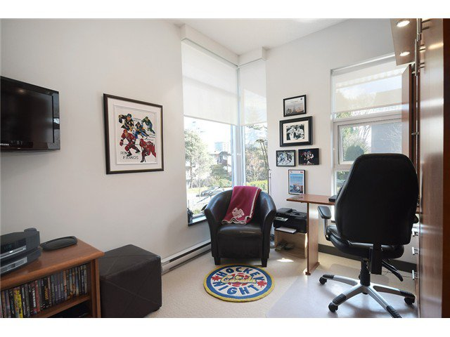 """Photo 11: Photos: 104 1088 W 14TH Avenue in Vancouver: Fairview VW Townhouse for sale in """"COCO"""" (Vancouver West)  : MLS®# V1054113"""