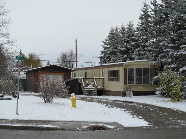 Main Photo: 7615 89TH Avenue in Fort St. John: Fort St. John - City SE Manufactured Home for sale (Fort St. John (Zone 60))  : MLS®# N240677