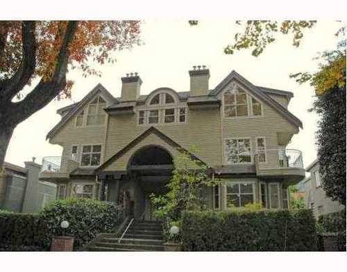Main Photo: 1457 WALNUT Street: Kitsilano Home for sale ()  : MLS®# V770284