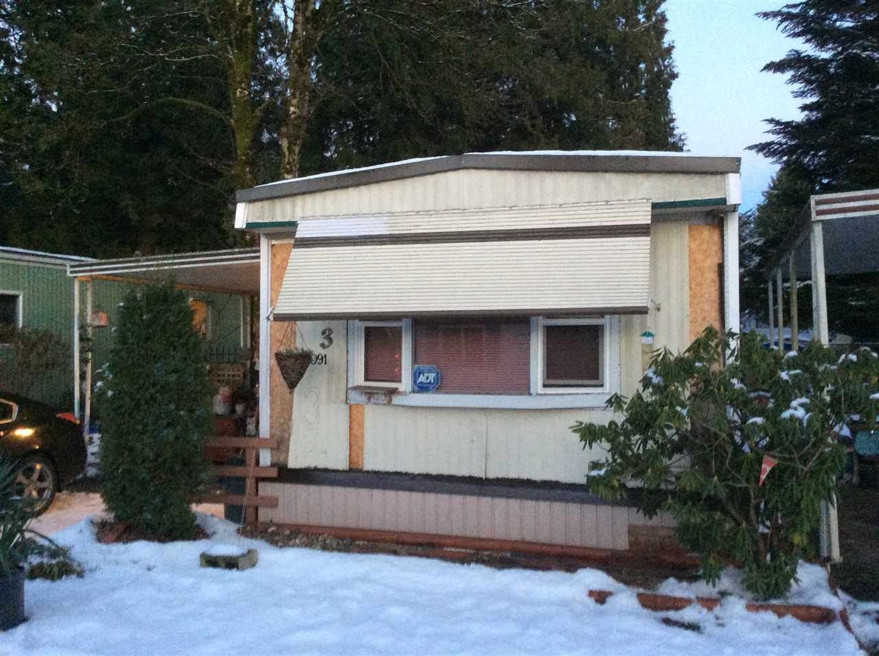 "Photo 1: Photos: 3 21091 LOUGHEED Highway in Maple Ridge: Southwest Maple Ridge Manufactured Home for sale in ""Val Marie"" : MLS®# R2127752"
