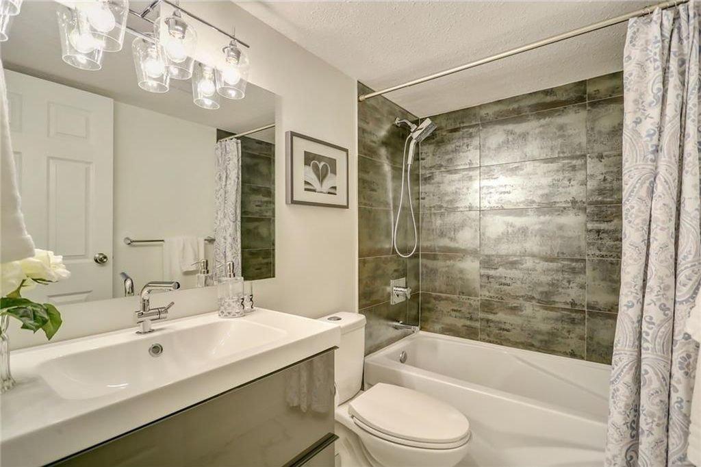 Photo 14: Photos: 204 1311 15 Avenue SW in Calgary: Beltline Condo for sale : MLS®# C4163277