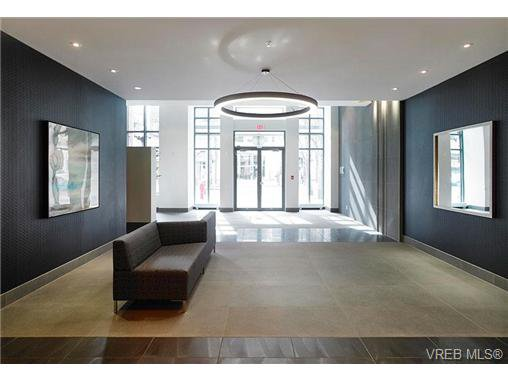 Main Photo: 905 728 Yates Street in VICTORIA: Vi Downtown Residential for sale (Victoria)  : MLS®# 345984