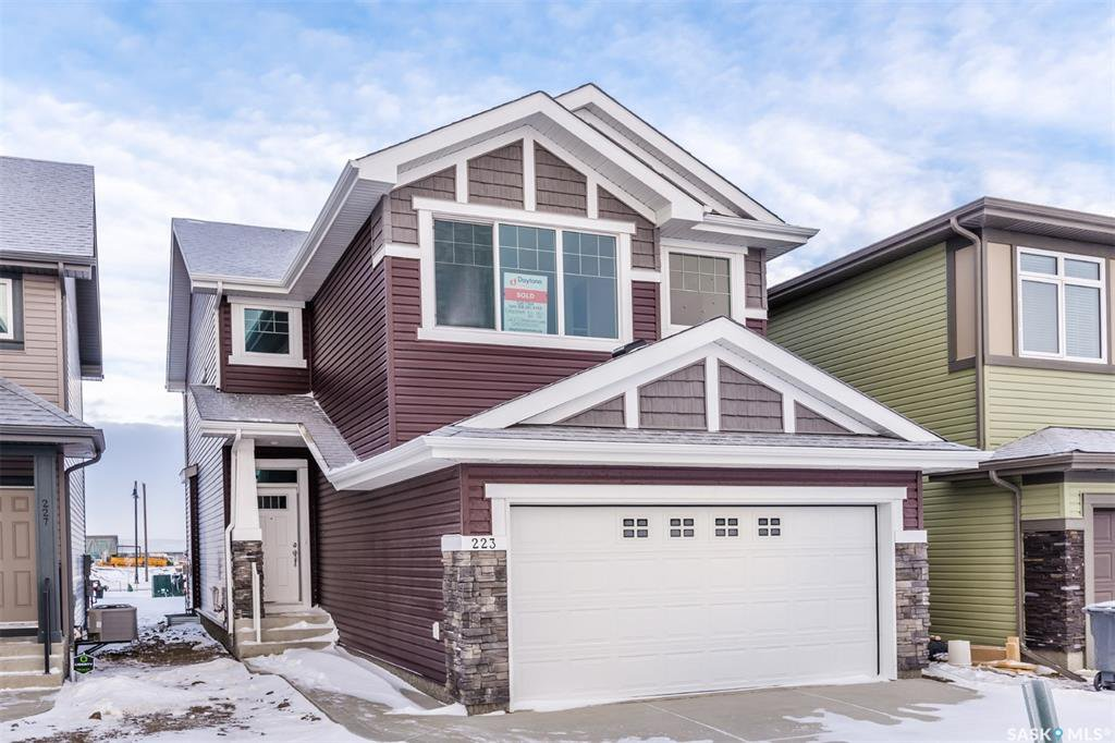 Main Photo: 223 Dagnone Lane in Saskatoon: Brighton Residential for sale : MLS®# SK754868