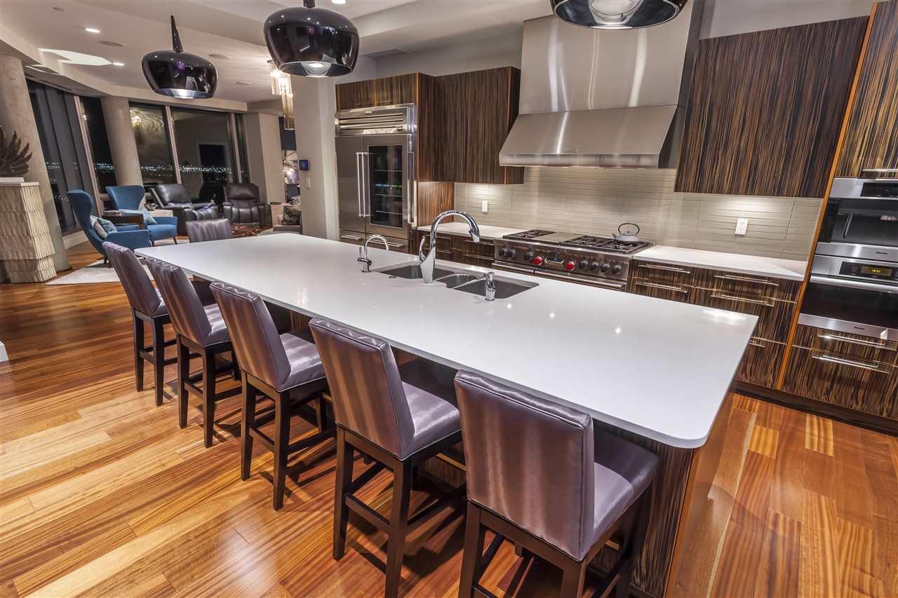 Photo 8: Photos: 3001 11969 JASPER Avenue in Edmonton: Zone 12 Condo for sale : MLS®# E4139626