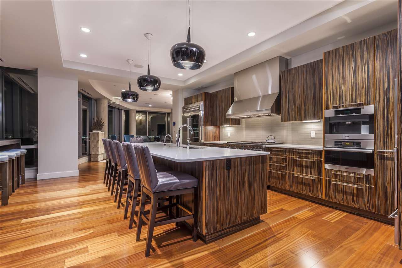 Photo 6: Photos: 3001 11969 JASPER Avenue in Edmonton: Zone 12 Condo for sale : MLS®# E4139626
