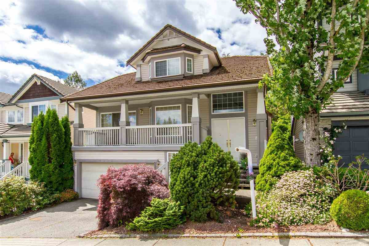Main Photo: 1560 STONERIDGE Lane in Coquitlam: Westwood Plateau House for sale : MLS®# R2348324