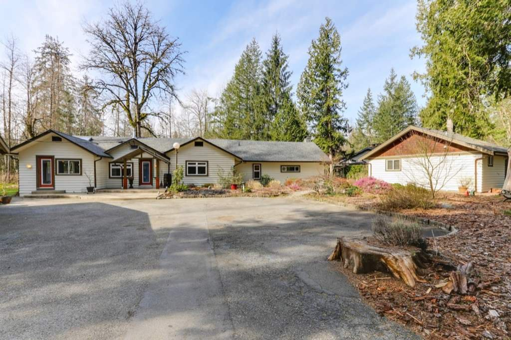 "Main Photo: 23990 FERN Crescent in Maple Ridge: Silver Valley House for sale in ""Silver Valley"" : MLS®# R2353677"