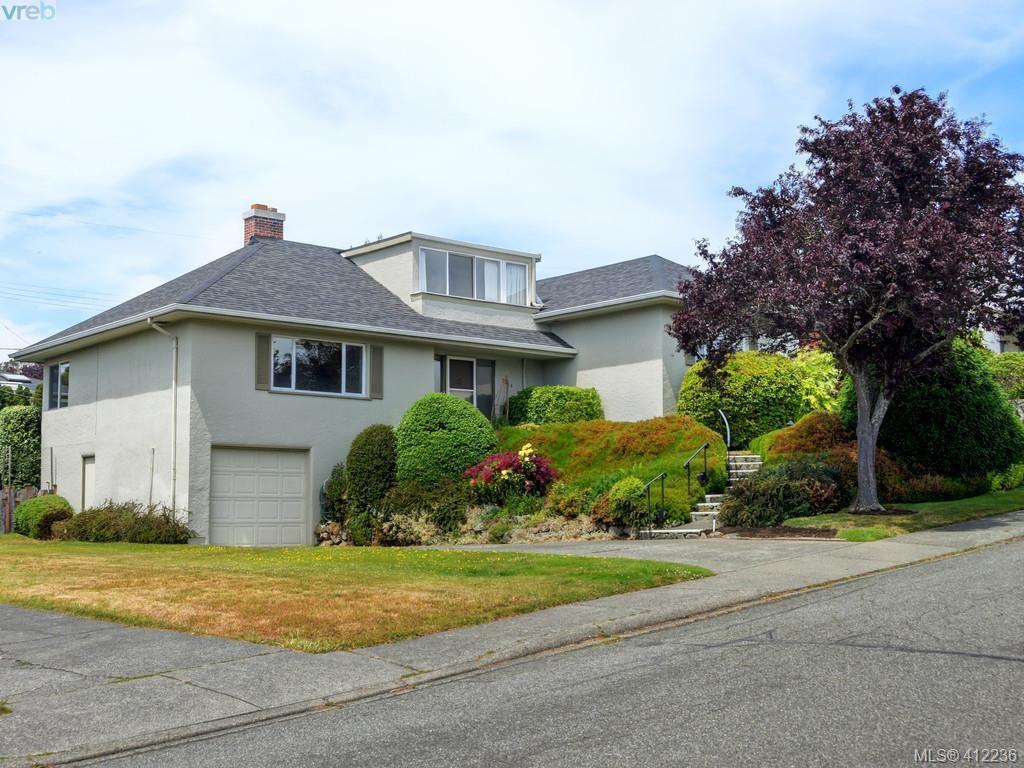 Main Photo: 3034 Larkdowne Rd in VICTORIA: OB Henderson Single Family Detached for sale (Oak Bay)  : MLS®# 817354