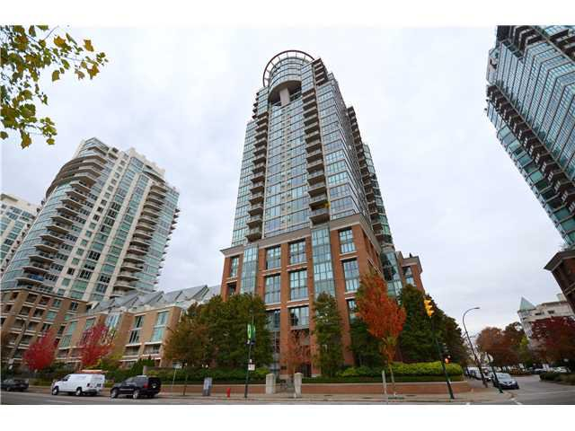 "Main Photo: 1504 1088 QUEBEC Street in Vancouver: Mount Pleasant VE Condo for sale in ""Viceroy"" (Vancouver East)  : MLS®# V919098"