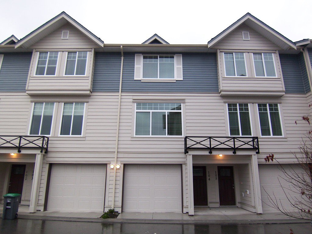 Main Photo: 104 15399 Guildford Drive in Surrey: Guildford Townhouse for sale : MLS®# N/A