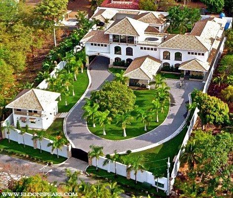 Playa Coronado Estate