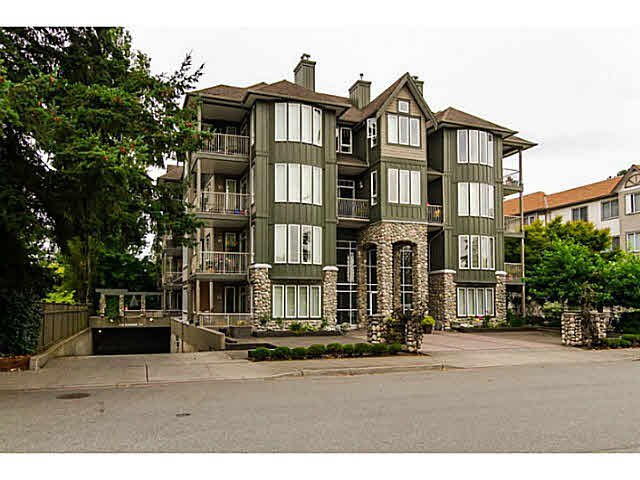 "Main Photo: 300 5475 201ST Street in Langley: Langley City Condo for sale in ""HERITAGE PARK"" : MLS®# F1428065"