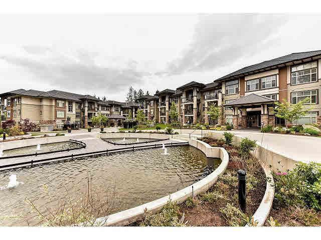 "Main Photo: 210 15185 36 Avenue in Surrey: Morgan Creek Condo for sale in ""EDGEWATER"" (South Surrey White Rock)  : MLS®# F1439484"