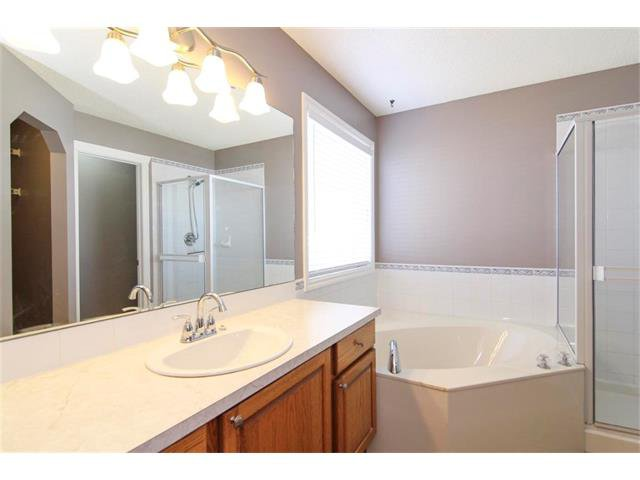 Photo 21: Photos: 196 TUSCANY HILLS Circle NW in Calgary: Tuscany House for sale : MLS®# C4019087