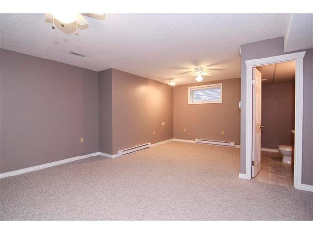 Photo 28: Photos: 196 TUSCANY HILLS Circle NW in Calgary: Tuscany House for sale : MLS®# C4019087