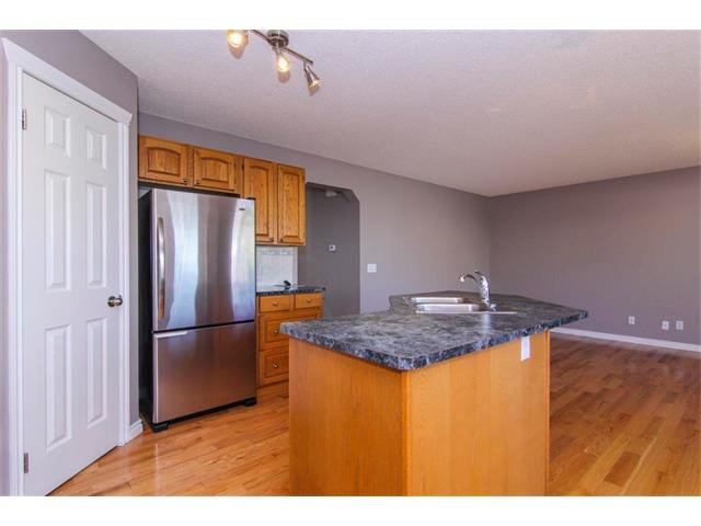 Photo 15: Photos: 196 TUSCANY HILLS Circle NW in Calgary: Tuscany House for sale : MLS®# C4019087